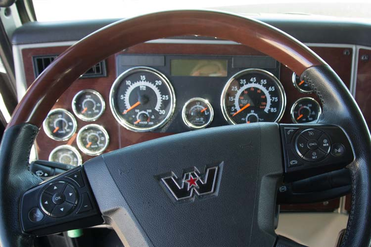 Western Star 5700 Steering Wheel